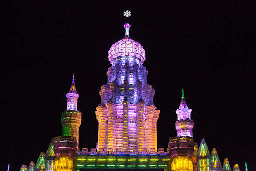 Harbin Ice and Snow Festival 2012. Photo Credit: Shanghai killer whale [CC BY-SA 3.0 ], via Wikimedia Commons