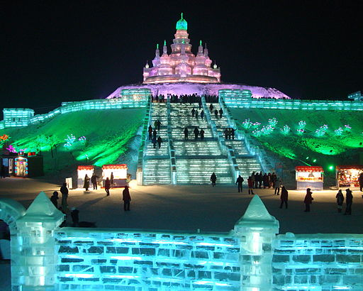 The Harbin Ice and Snow Festival in 2010. Photo Credit: Dayou_X [CC BY-SA 2.0], via Wikimedia Commons